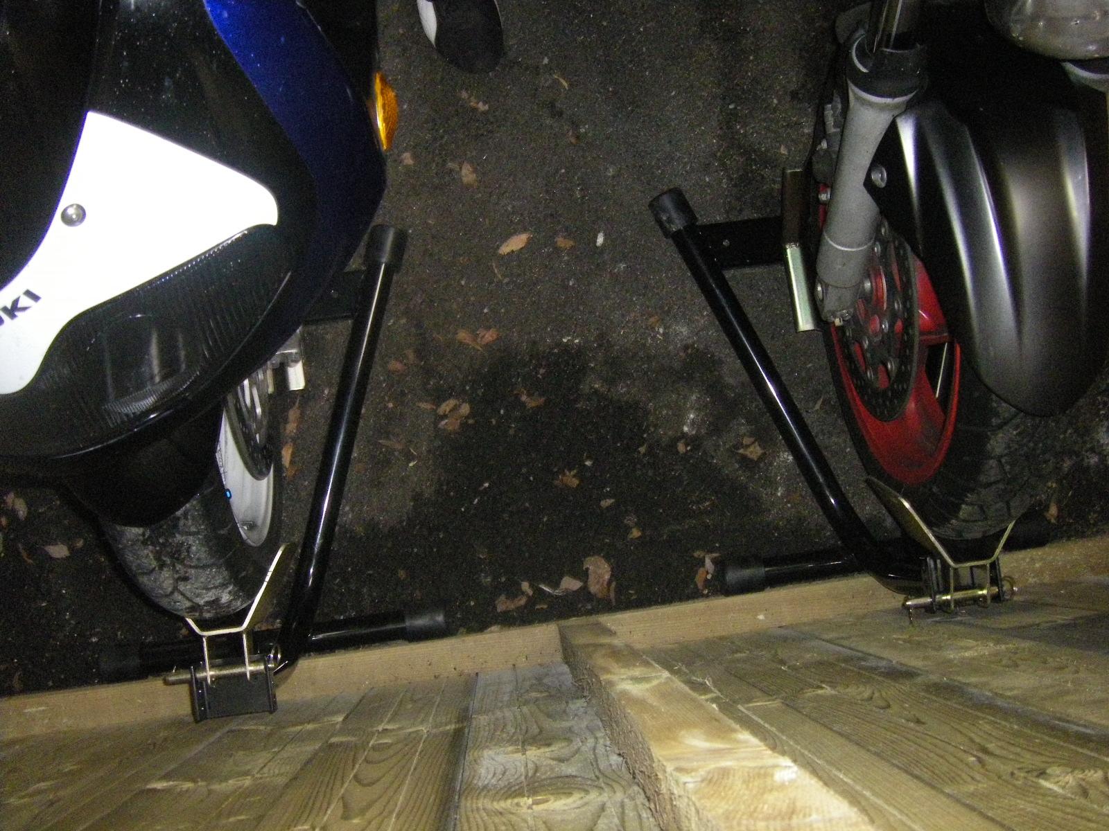 bloque roue avant pk racing parts. Black Bedroom Furniture Sets. Home Design Ideas